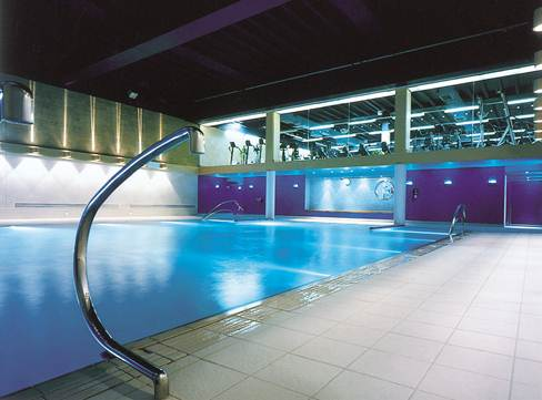 Swimming Pools Domus Tiles The Uk S Leading Tile