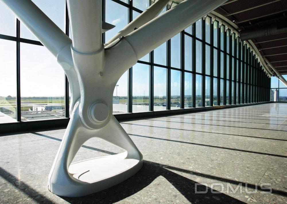 London Heathrow Airport T5 Case Study Domus Tiles